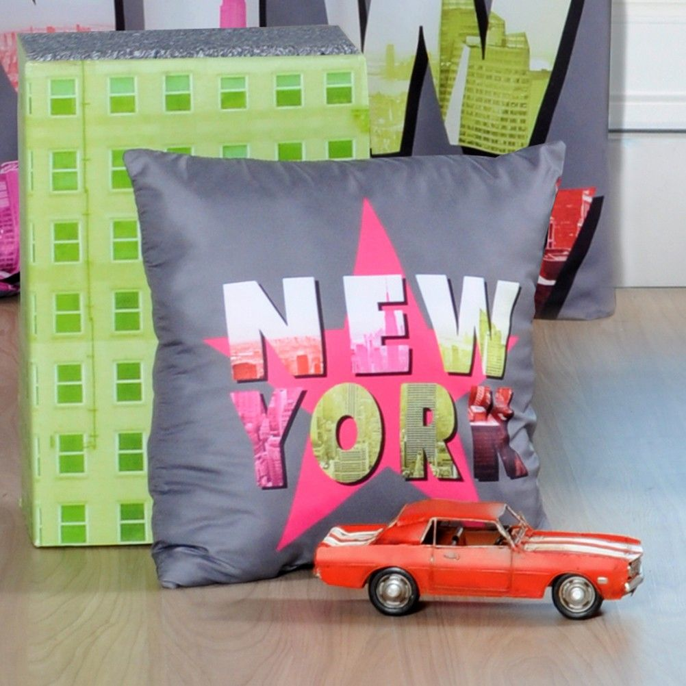 coussin d houssable new york gotham fluo star. Black Bedroom Furniture Sets. Home Design Ideas