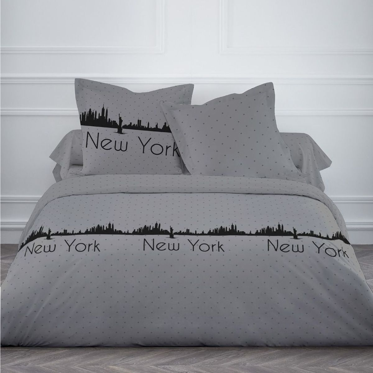 Housse de couette new york dotty et deux taies 220 x 240 cm for Housse new york