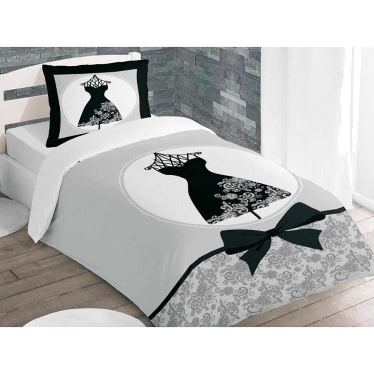 housse de couette parure de lit housse de couette la petite robe noire et 1 taie 140 x 200 cm. Black Bedroom Furniture Sets. Home Design Ideas