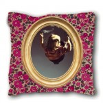 Petit coussin liberty rose CADRE LOUIS PHILIPPE
